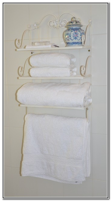 Dusk to Dawn Burgersdorp Guest House Country Romance room 3 supplied_towels