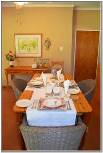 Dusk_to_Dawn_dining_room_table_settings_(1)