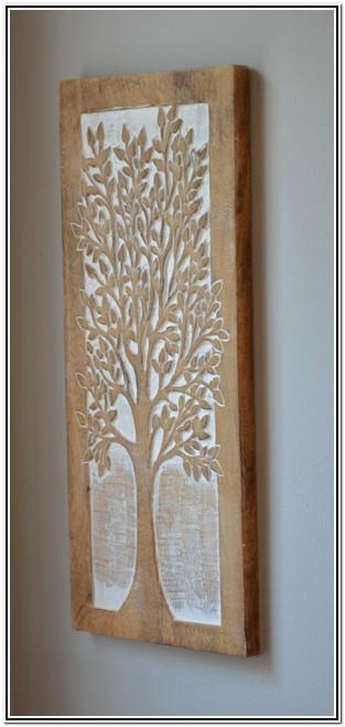 La Rochelle Burgersdorp Selfsorg Gastekamer boom uit hout gekerf