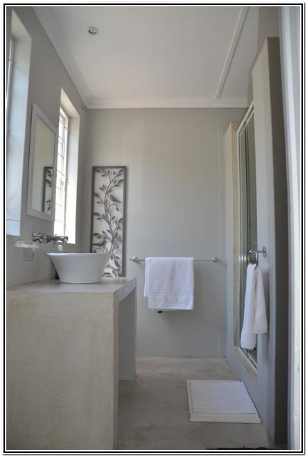 La Rochelle Guesthouse Burgersdorp shower bathroom