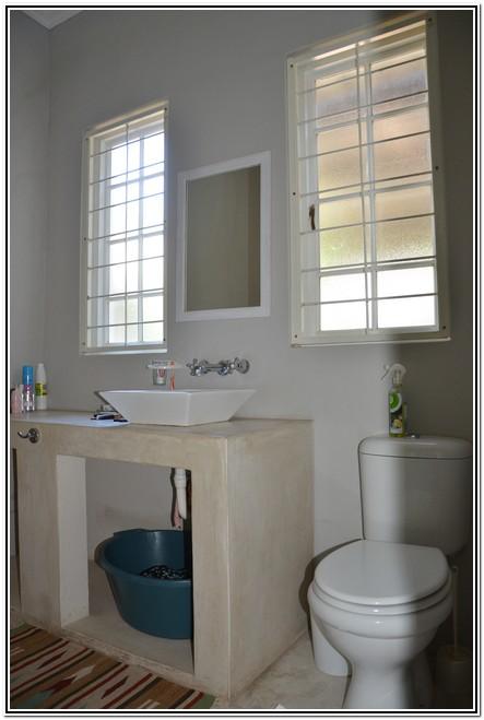 La Rochelle Guesthouse Burgersdorp washing basin
