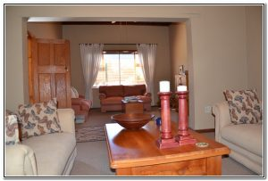 Murray House Guesthouse Burgersdorp Sitting Rooms